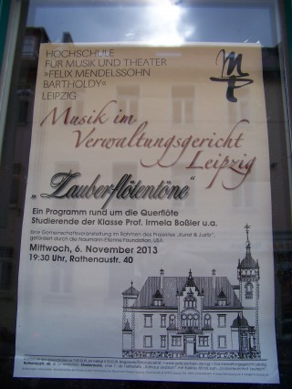 Leutzsch - Zauberflötentöne im Verwaltungsgericht  | Plakat für das Konzert im Verwaltungsgericht in Leutzsch / Foto: Enrico Engelhardt