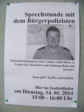 Bürgerpolizist auch 2014 regelmäßig im Stadtteilladen Leutzsch | Nächste Sprechstunde des Bürgerpolizisten am 14. 01. 2014 / Foto: Enrico Engelhardt