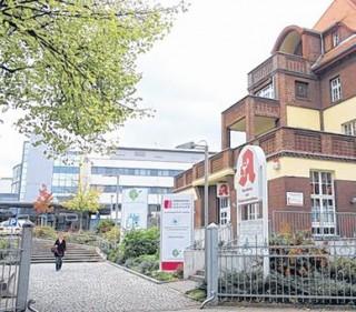 Dickes Lob für drei Leipziger Krankenhäuser |  Das Evangelische Diakonissenkrankenhaus in Lindenau. /  Foto: André Kempner
