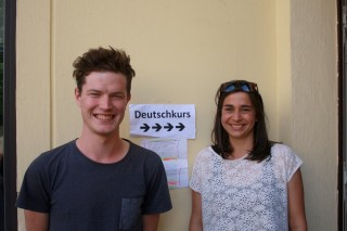 Deutschkurse für Flüchtlingsfamilien im Diakonissenkrankenhaus | Marvin Melzer und Lina Bart. Foto: Alexander Böhm (L-IZ)