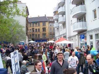 Bildinhalt: Standanmeldungen Georg-Schwarz-Straßenfest | Holteistraße zum 4.GSSF