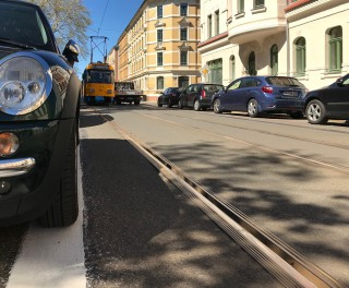 Genau markierte Parkplätze vor dem Diakonissenkrankenhaus dank Stadtbezirksbeirat Alt-West |