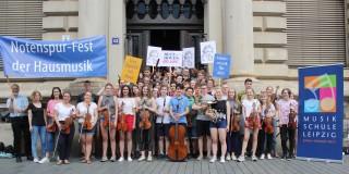 Bildinhalt: Notenspur-Fest der Hausmusik -Anmeldungen von Gastgebern und Musikern ab sofort möglich | Musikschule mach bei Notenspur mit, Bildrechte bei Notenspur Leipzig e.V.