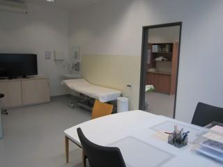 Bildinhalt: Eröffnungsveranstaltung der Bereitschaftspraxis am Diako | Behandlungszimmer in der Bereitschaftspraxis