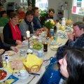 Zweites Leutzscher Bürgerfrühstück machte satt und zufrieden | Gute Stimmung beim 2. Leutzscher Bürgerfrühstück / Foto: Enrico Engelhardt