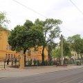 Gehweg an Haltestelle Leutzscher Rathaus vor der 157. Schule wird verbreitert |